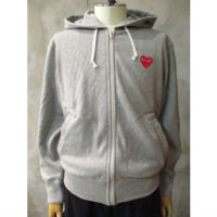 【PLAY COMME des GARCONS】PLAY RED HEART HOODED SWEATSHIRT